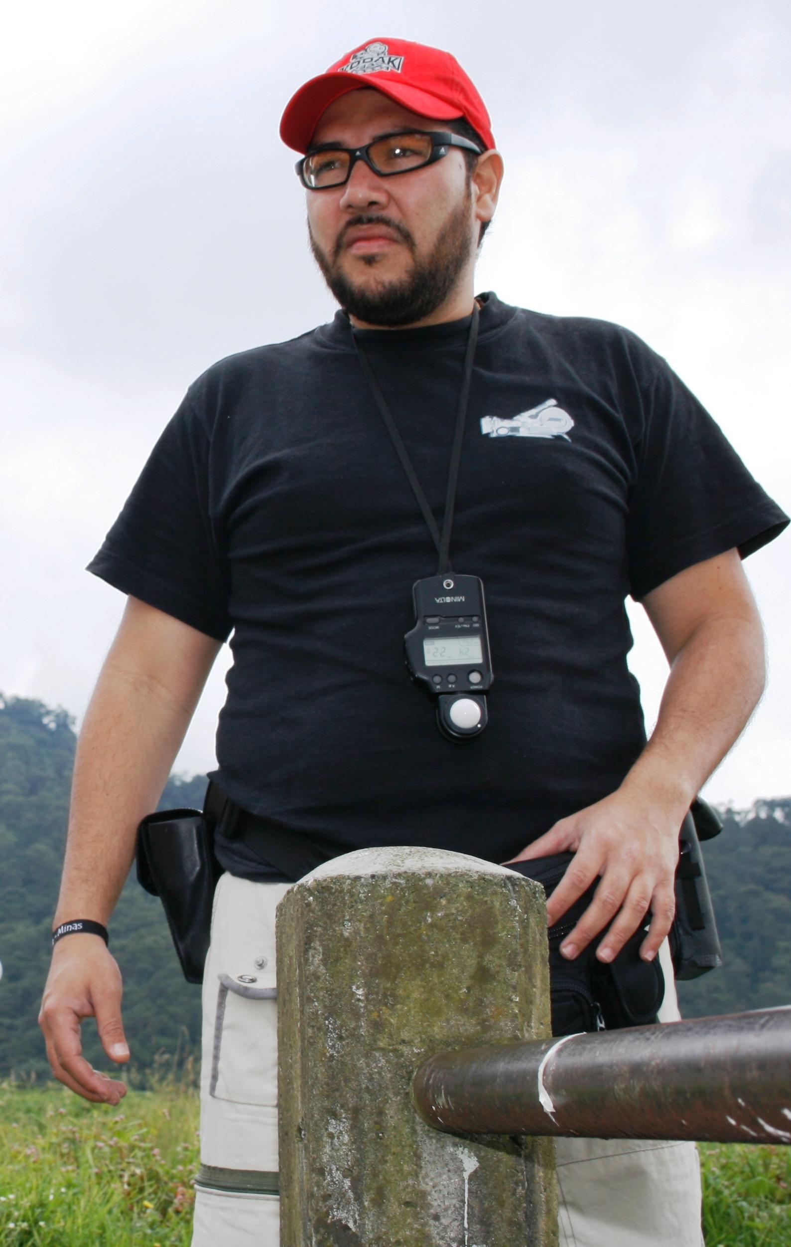 JOHN A. REYES CALDERÓN DIRECTOR DE FOTOGRA